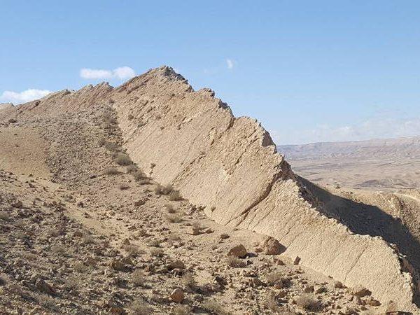 "Hiketo the ""Snapir"" at the Big Makhtesh, Negev desert, Irsael"
