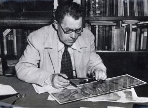 Profesor Eliezer Sukenic - Investigating the Dead Sea scrolls