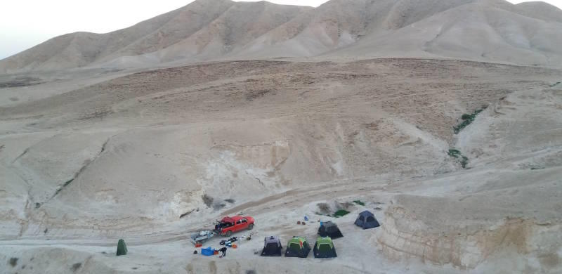 Desert camping and logstic support for hikers and bikers in Israel